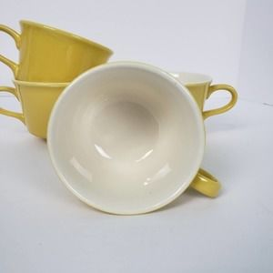 Vintage 4 Cup Set Yellow White Unmarked